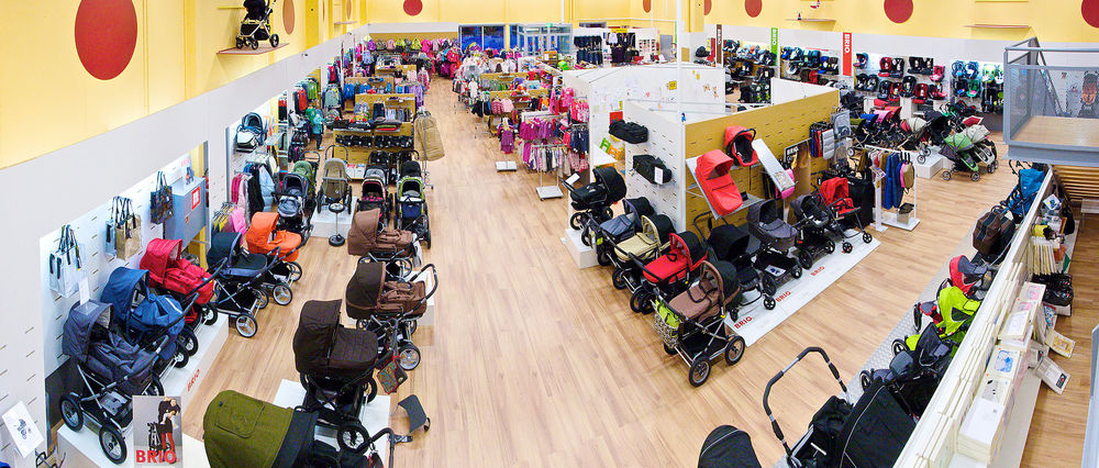 Some of these strollers cost more than my car. Credit: OzBaby via Wikimedia Commons