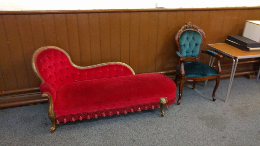 Mrs. Clinton's couch, probably. (flickr)